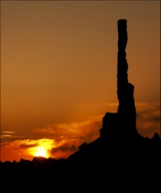 sunrise-monument-valley by steve-edwards