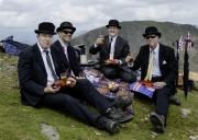 Bankers on Snowdon by Terry Onlsow